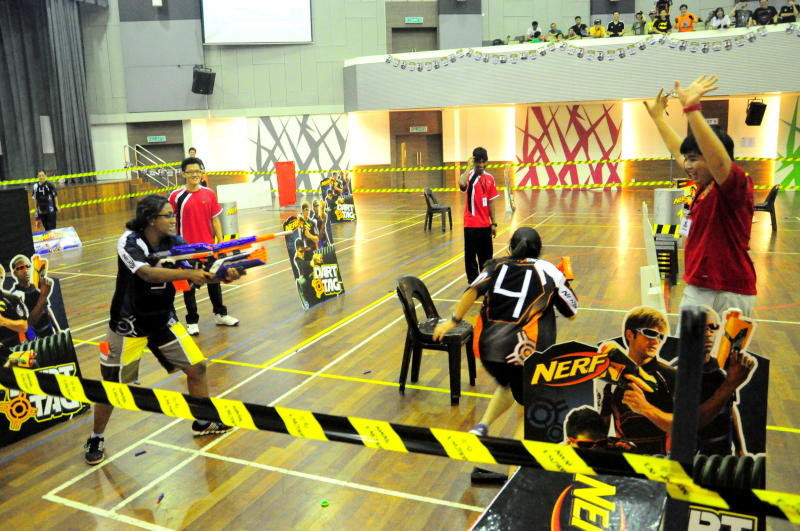 Toy Guns With Bullets Nerf wars - R.AG...