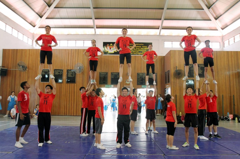 In 2011, CHEER added the Co-ed division for mixed-gender teams like the Mickeymitez from SMK Damansara Jaya. Since then, the Co-ed teams upped the ante with some spectacular stunts.
