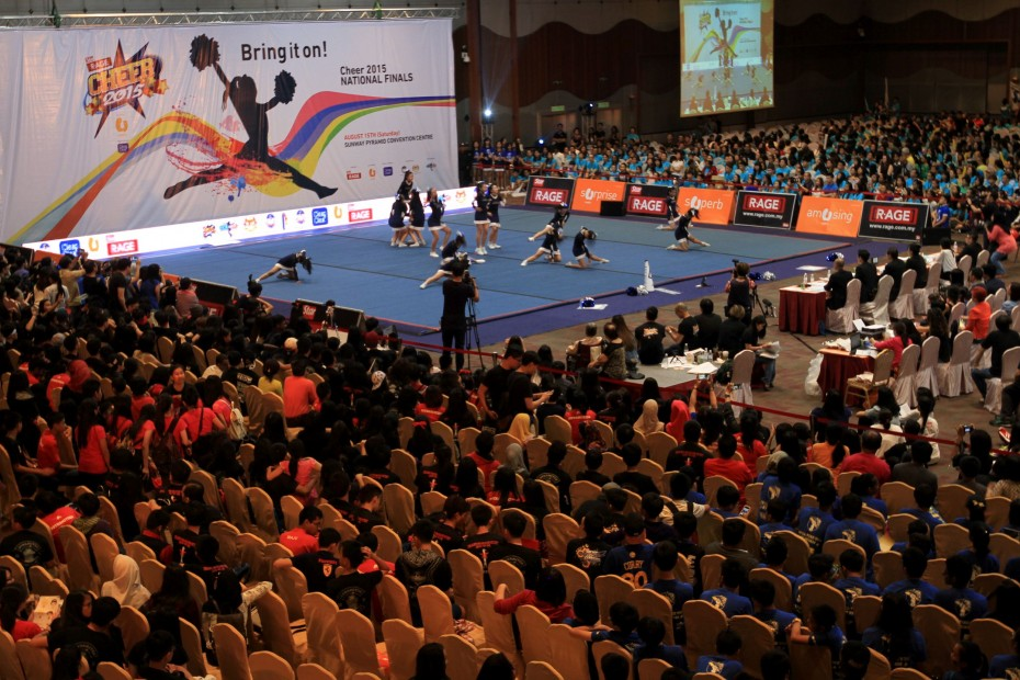 Over 8,000 spectators converged at the Sunway Pyramid Convention Centre throughout the day at the CHEER 2015 Finals.