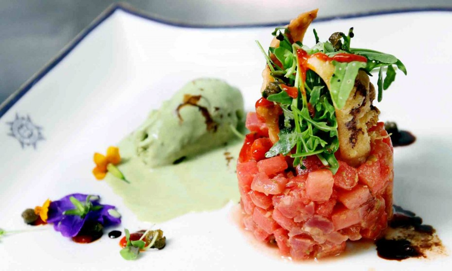 Pan experienced some trouble plating her dish of tuna and watermelon tartare with basil ice cream but managed to pull through at the end.