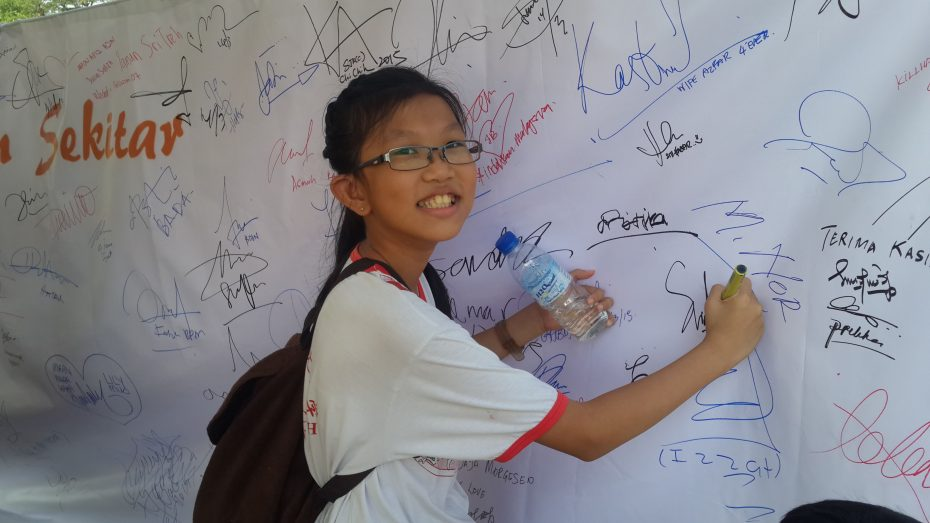 Loh Shi Ya pledged for a better tomorrow during the Johor State Level Eco Run in year 2015.