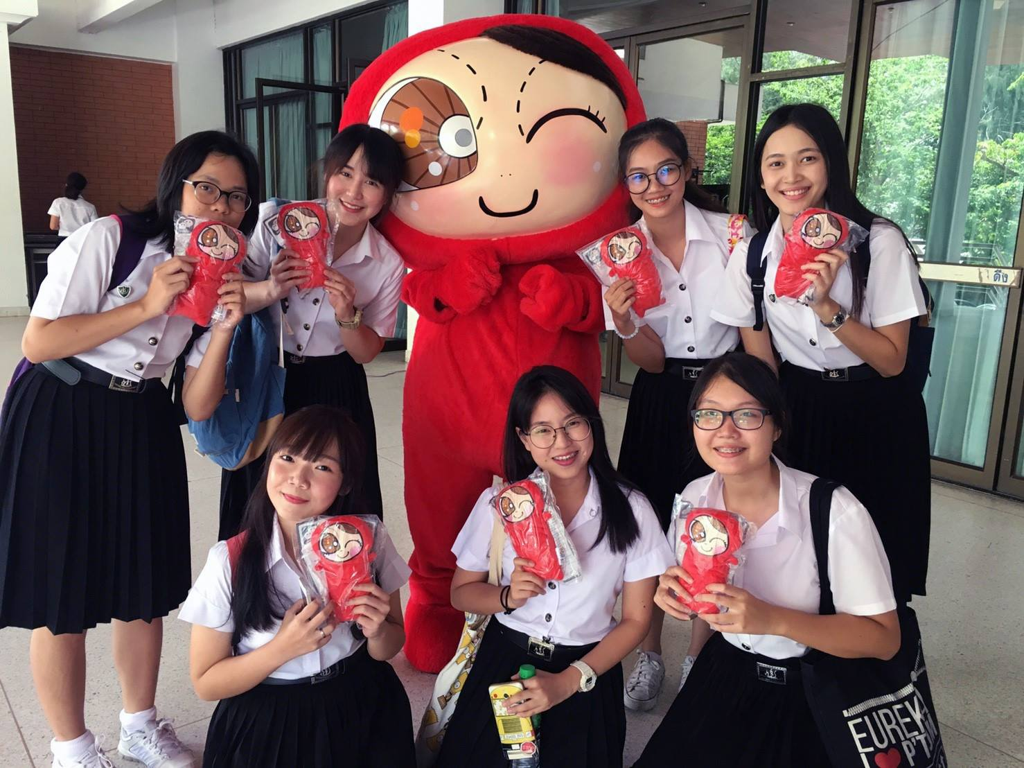 Students from Kasetsat university in Thailand posing with Pocotee & Friends merchandise. Thanks to her collection of Line stickers, Loh has an enormous following in Thailand.