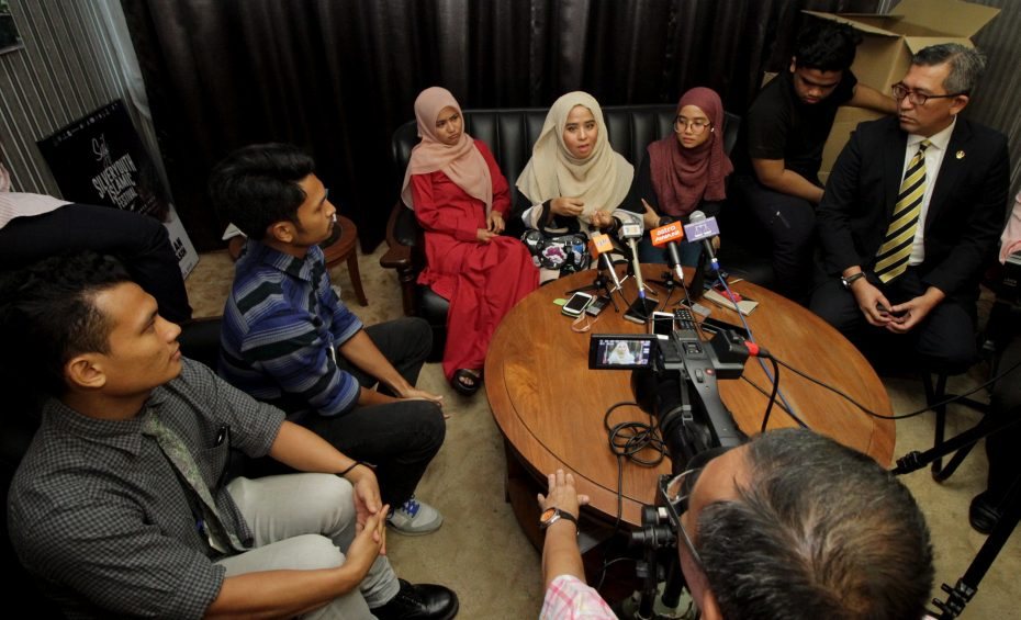The group that climbed the giant 'Ipoh' signboard apologised for their rooftopping stunt during a press conference. Luckily for them, they weren't prosecuted, but other rooftoppers haven't been so lucky. — Bernama